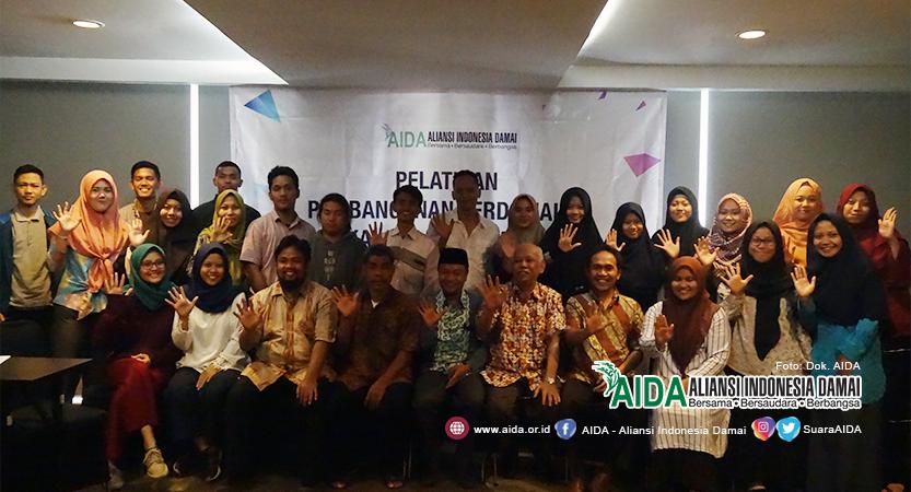 Pelatihan Pembangunan Perdamaian di Kalangan Mahasiswa yang diselenggarakan Aliansi Indonesia Damai (AIDA)